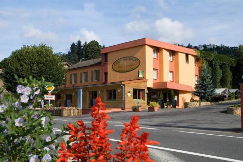 Hôtel Burnichon : Hotel near Saint-Just-la-Pendue
