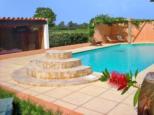 Chambres d'hôtes Domaine de Beaupré : Guest accommodation near Cuxac-d'Aude