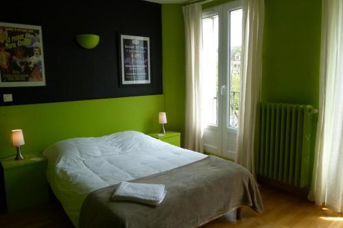 Hôtel Victor : Hotel near Corbeil-Cerf
