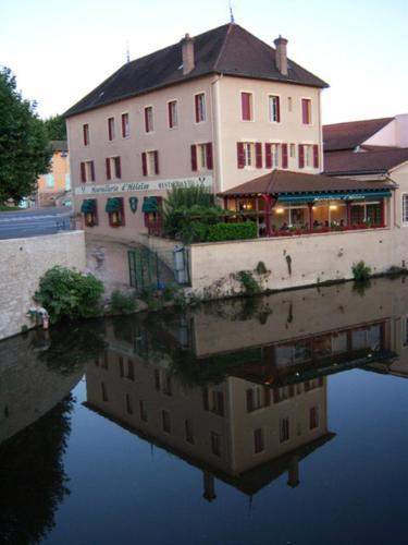 Hostellerie d'Héloïse : Hotel near Blanot