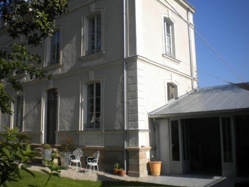 Castel Magnolia : Bed and Breakfast near Saint-Géréon