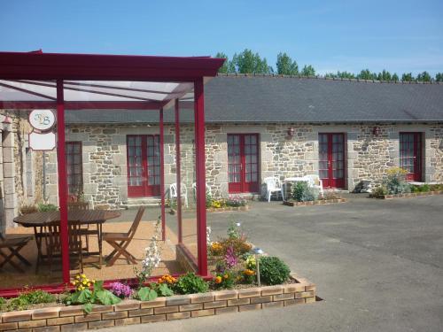Le Relais de Beaucemaine : Hotel near Saint-Brieuc