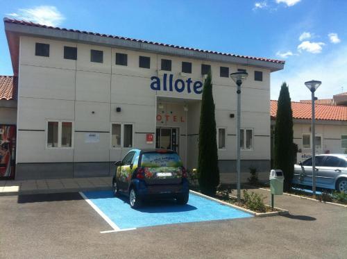Allotel : Hotel near Fos-sur-Mer