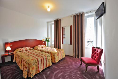 Le Victor Hugo : Hotel near Cachan