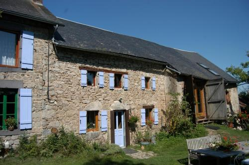 Fermette d'Herbes : Bed and Breakfast near Villosanges