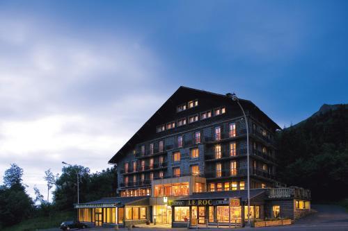 Logis Du Puy Ferrand : Hotel near Chastreix