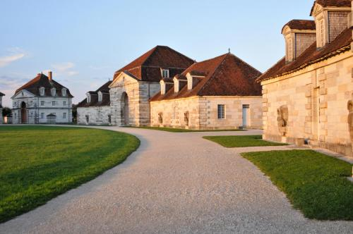 La Saline Royale : Hotel near Quingey