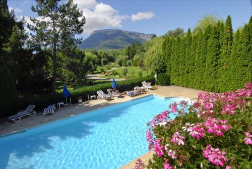Hôtel & Restaurant Azur : Hotel near Neffes
