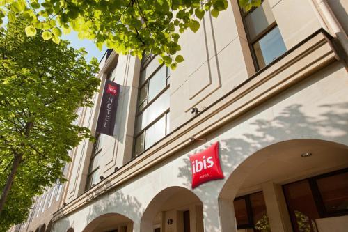 ibis Paris Rueil Malmaison : Hotel near Le Vésinet