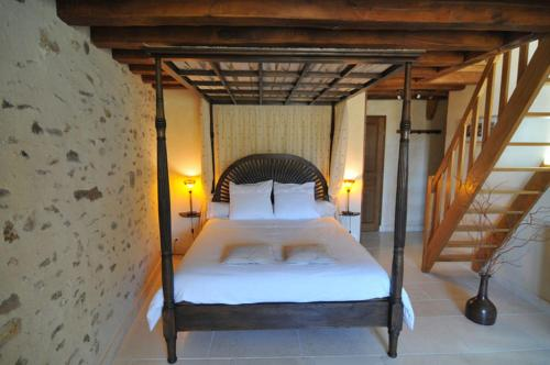 La Ferme de Fontenelle : Bed and Breakfast near Saints