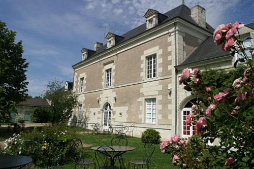 Le Clos de Ligré : Bed and Breakfast near Chaveignes