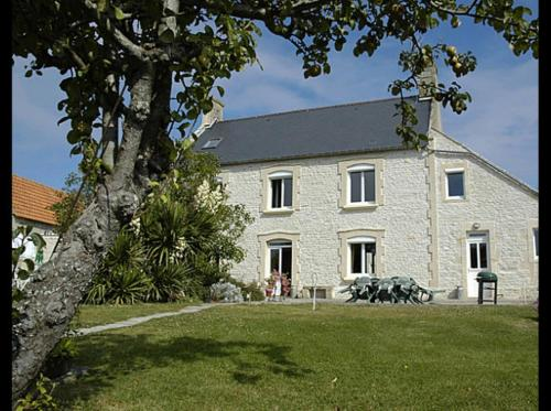 Maryse et Jean-Pierre : Bed and Breakfast near Longues-sur-Mer