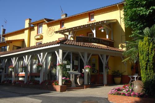 Hôtel Chez Nous : Hotel near Saint-Éloi