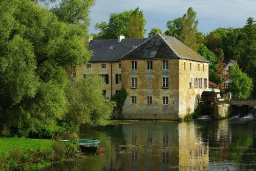 Residence Moulin Le Cygne : Apartment near Autry