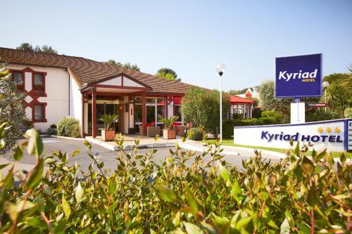 Kyriad Nîmes Ouest : Hotel near Caissargues
