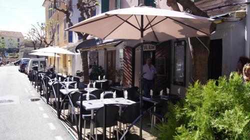 Auberge du cheval blanc : Hotel near Ajaccio