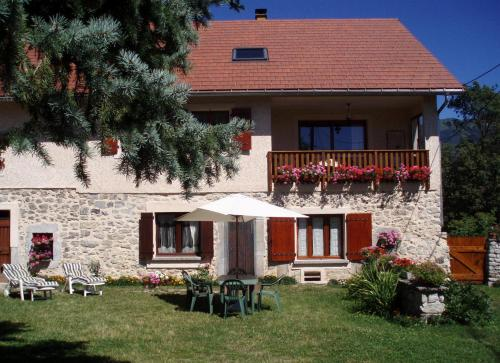 Le Rocher des Ducs : Bed and Breakfast near Saint-Maurice-en-Valgodemard