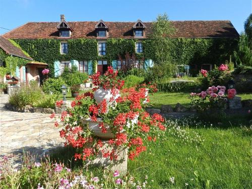 Casteland : Bed and Breakfast near Charrey-sur-Seine