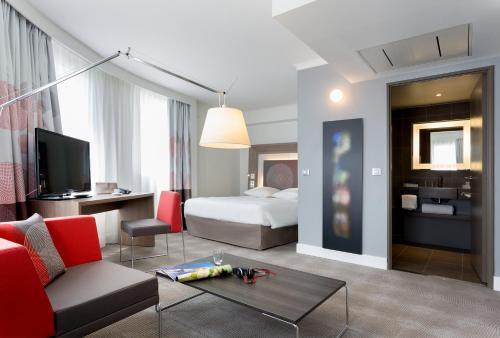 Novotel Marseille Centre Prado Vélodrome : Hotel near Marseille 8e Arrondissement