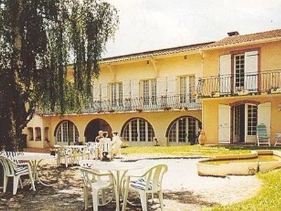 Logis Hôtel L'Arche de Noé : Hotel near Esperce