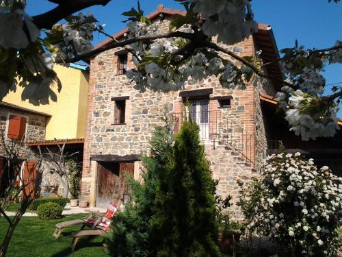 Le Clos du Merle : Bed and Breakfast near Le Breuil