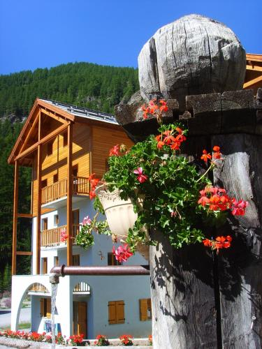 Adonis Molines by Olydea : Guest accommodation near Molines-en-Queyras
