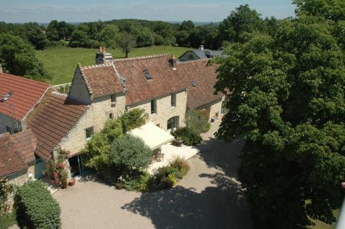 Les Gîtes de La Ferme de l'Oudon : Guest accommodation near Nécy