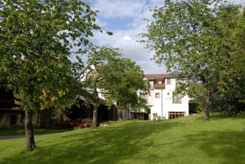Auberge Saint Walfrid : Hotel near Petit-Réderching