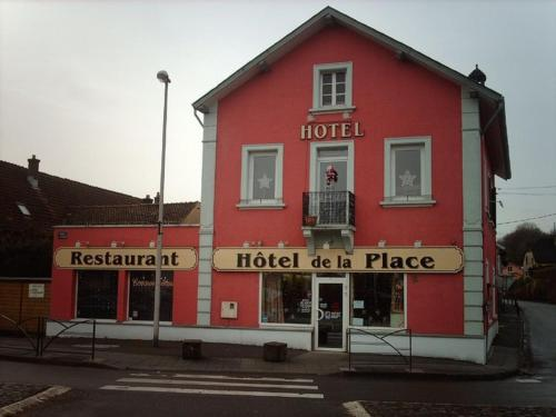 Pension Hotel Restaurant de la Place : Hotel near L'Isle-sur-le-Doubs
