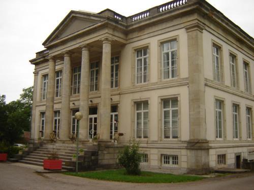Hostellerie de la Quenoeuille : Hotel near Bazinghen