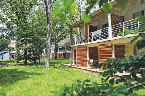 Résidence Pierre & Vacances Le Domaine du Bois de la Grée : Resort near Saint-Nazaire