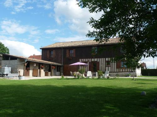 Les Aneries : Bed and Breakfast near La Chapelle-Felcourt