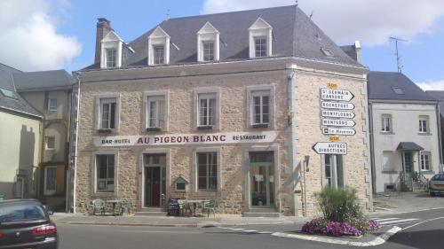 Au Pigeon Blanc : Hotel near Laval