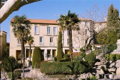 Logis Hôtel du Terreau : Hotel near Manosque