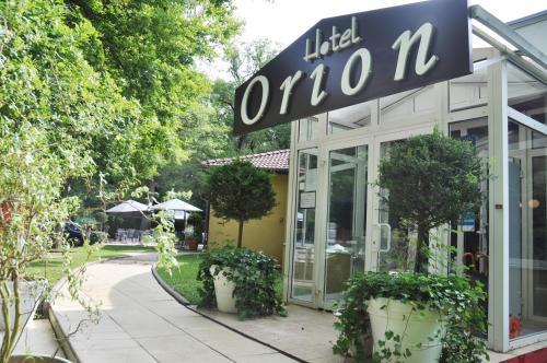 Logis Hôtel Orion : Hotel near Évrange