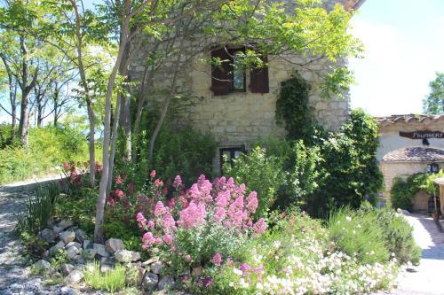Le Mas de Fournery : Guest accommodation near Villeneuve-de-Berg