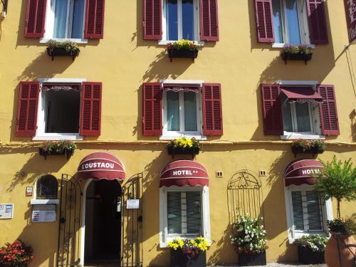 Hôtel L'Oustaou : Hotel near Le Lavandou