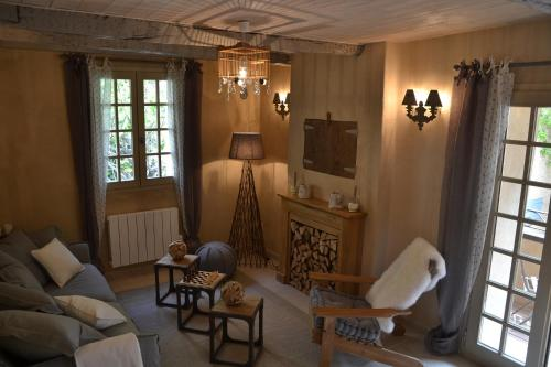 La Maison de Moustiers : Guest accommodation near Entrages