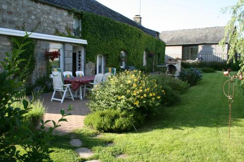Herbages de Beauvais : Bed and Breakfast near Sevrai