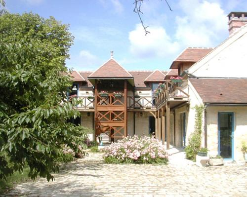 Le Clos Fleuri : Guest accommodation near Échouboulains