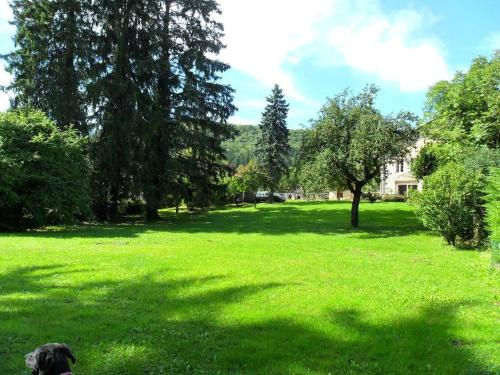 A la Grenouille du Jura : Bed and Breakfast near Nantua