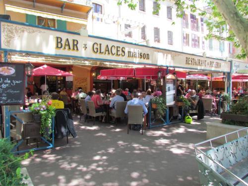 Auberge Bon Accueil : Hotel near La Garde