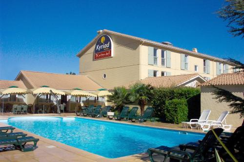 Kyriad Marseille Gemenos : Hotel near Plan-d'Aups-Sainte-Baume