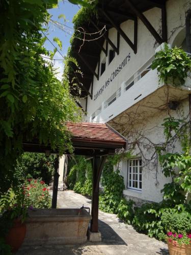 Auberge Des Chasseurs : Hotel near Choux