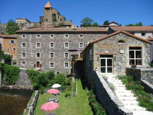 Auberge De Chanteuges : Hotel near Monlet