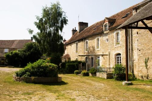 La Vieille Ferme : Bed and Breakfast near Crocy