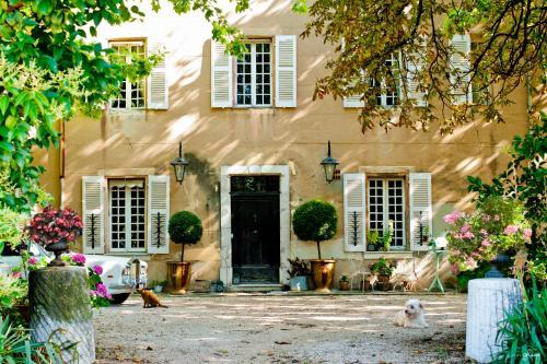 B&B Domaine Le Clos du Pavillon : Bed and Breakfast near La Celle