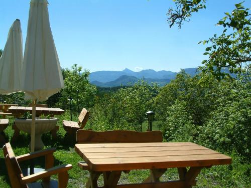 L'Asphodèle : Bed and Breakfast near Remollon
