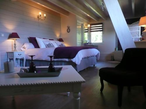 La Maison sur les Nuages : Bed and Breakfast near Saint-Christophe