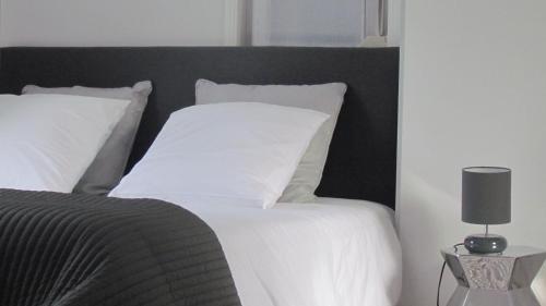 Gite Histoire de Maison : Guest accommodation near Boyelles